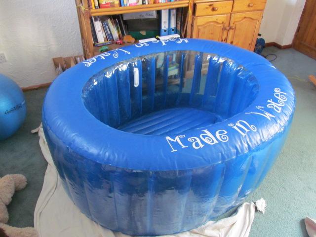 birthing pool