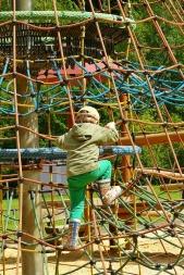 playground-408658_1280
